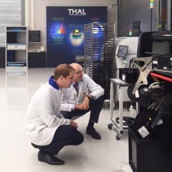 wethouder-mark-pol-op-bedrijfsbezoek-bij-thal-technologies